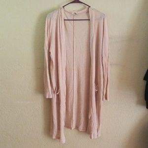 Knee length thin cardigan in peach